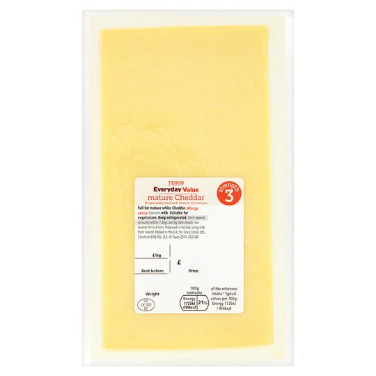 Tesco Everyday Value Mature Cheddar Large