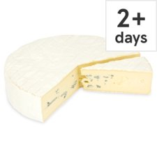 Counter Tesco Cambozola Blue Brie