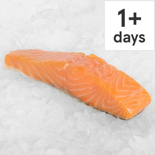 Counter Skinless And Boneless Salmon Fillet 130G