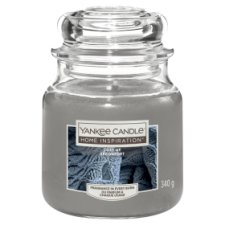 Yankee Medium Jar Cosy Up