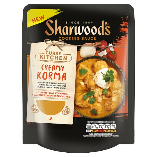 Sharwoods Creamy Korma Curry Sauce 250G