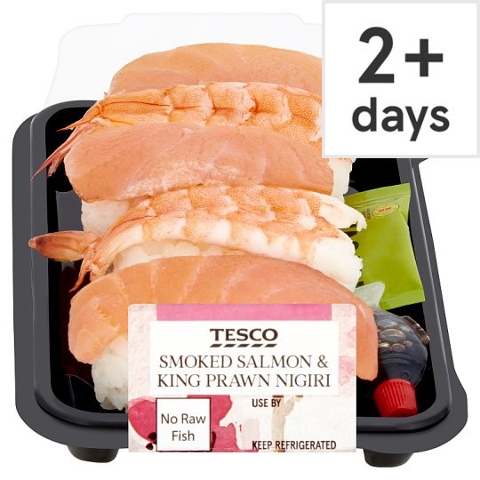 Tesco Smoked Salmon And King Prawn Nigiri 149G