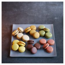French Macarons 24 Pieces, Serves 12