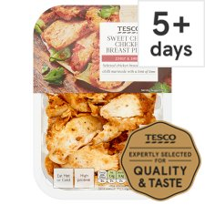 Tesco Sweet Chilli Cooked Chicken Breast Chunks 180G