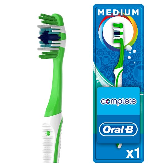 Oral-B Complete 5 Way Clean Toothbrush Medium 40