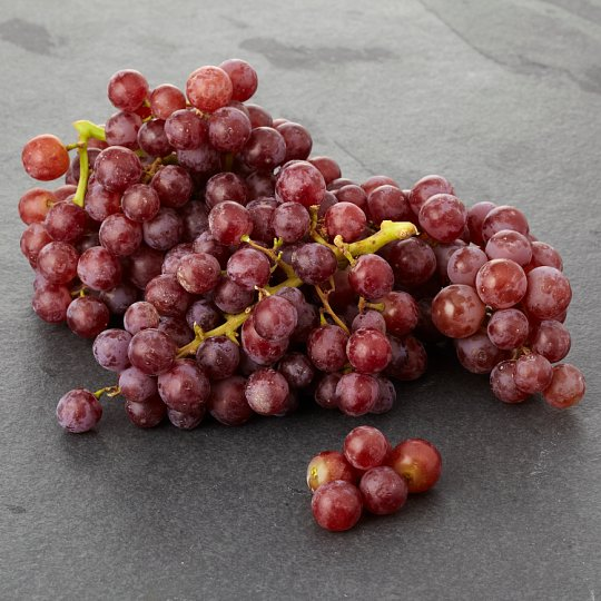 Tesco Organic Red Or Black Grapes 400G