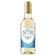 Blossom Hill Crisp And Fruity White 187Ml