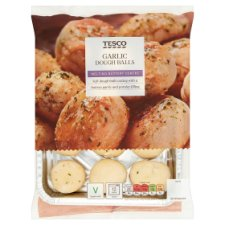 Tesco Garlic And Parsley Doughballs 200G
