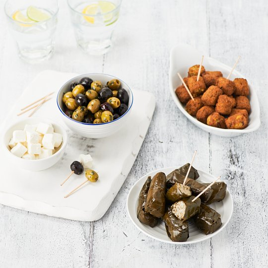 image 1 of Tesco Easy Entertaining Meze Selection 665G Serves 10