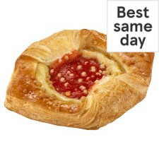 Tesco Strawberry Cheesecake Pastry Kite