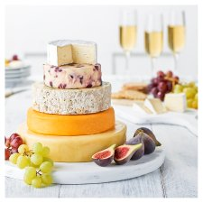 Tesco Finest Cheese Celebration Cake 2.9Kg