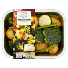 Tesco Green Vegetable And Potatoes Quick Roast 400G