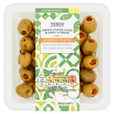Tesco Pimento Stuffed Olives In Garlic & Parsley 130G