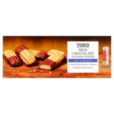 Tesco Milk Chocolate Dipped Viennese Fingers 135G