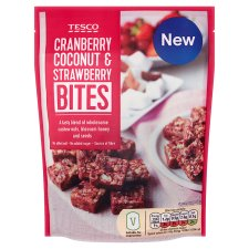 Tesco Strawberry Cranberry And Coconut Bites 110G