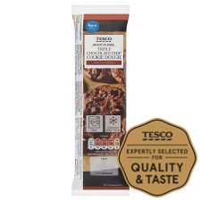 Tesco Ready To Bake Triple Chocolate Chip Cookie Dough 300G