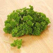 image 2 of Tesco Fresh Cut Curled Parsley 30G
