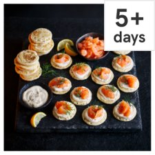 Tesco Finest Scottish Smoked Salmon Blini Kit, 24 Pieces, Serves 12