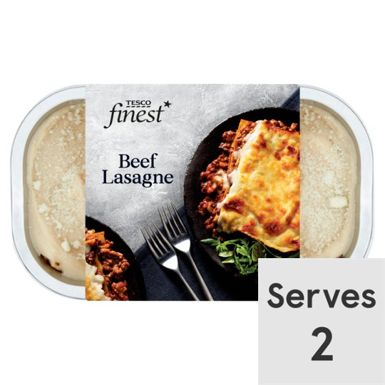 Tesco Finest Traditional Lasagne 700G