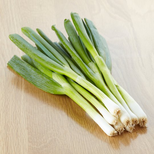 Tesco Bunched Spring Onions 100G