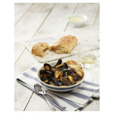 image 2 of Tesco White Wine And Garlic Scottish Mussels 500G