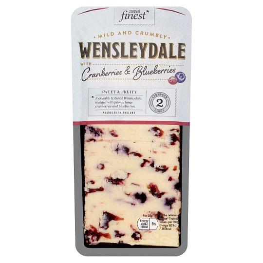 Tesco Finest Wensleydale Cheese Cranberries And Blueberry 200G