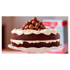 image 2 of Betty Crocker Tempting Chocolate Cake Mix 425G