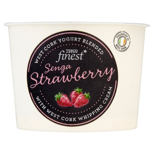 Tesco Finest Strawberry And Cream Yogurt 150G