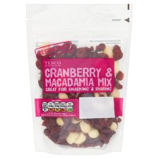 image 1 of Tesco Cranberries And Macadamia 150G