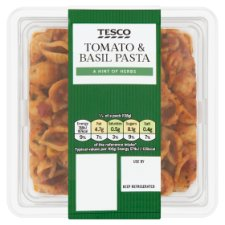 Tesco Tomato And Basil Pasta 550G