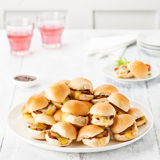 image 1 of Tesco Easy Entertaining 24 Mini Pulled Pork Sliders 552G