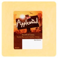 Ilchester Applewood Smoked Cheddar 170G