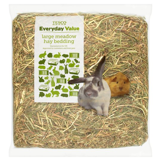 Tesco Everyday Value Meadow Hay Large Bedding 1.5Kg