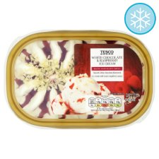 Tesco White Chocolate And Raspberry Ice Cream 900Ml