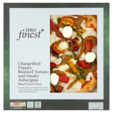 Tesco Finest Pepper And Roasted Tomato And Aubergine Pizza 496G