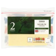 Tesco British Medium Cheddar Cheese 460G