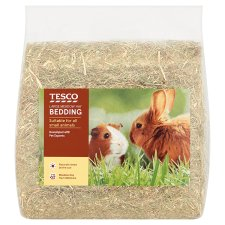Tesco Large Meadow Hay Bedding 1.5Kg