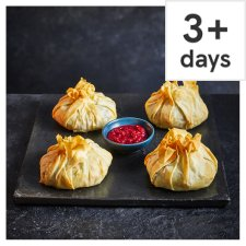 Tesco Four Finest Brie and Cranberry Parcels 800g, Serves 4