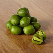 image 2 of Tesco Kiwi Berries 125G