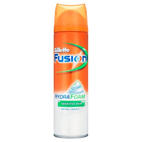 Gillette Fusion Foam Hydrating Sensitive Skin 250Ml